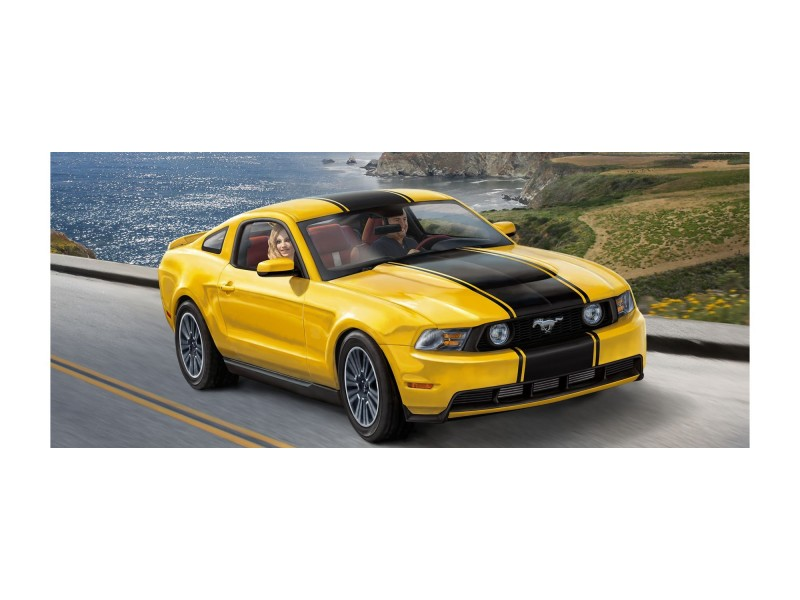 revell 2010 ford mustang gt. Black Bedroom Furniture Sets. Home Design Ideas